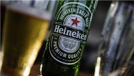 """Heineken """"nâng cốc"""" vì lợi nhuận 2017"""