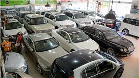 Ô tô cũ đắt khách do xe nhập khẩu giảm mạnh