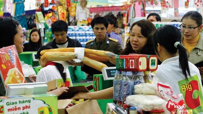 Nóng bỏng cuộc chiến giành thị phần 'miếng bánh' bán lẻ 180 tỷ USD