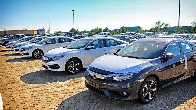 Ô tô nhập khẩu lại giảm mạnh