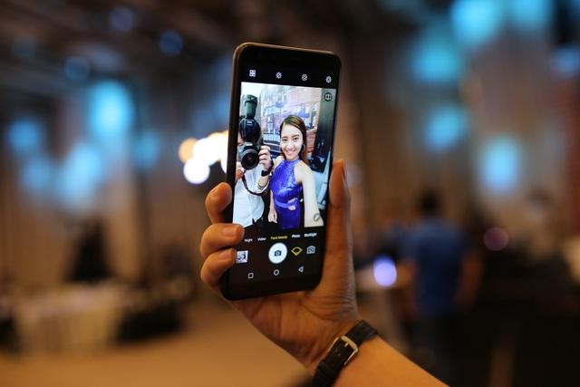 Báo Ấn Độ: Lần đầu tiên một hãng điện thoại Việt Nam dám đổ bộ vào đây