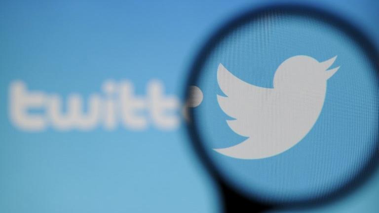 Twitter lần đầu tiên có lợi nhuận