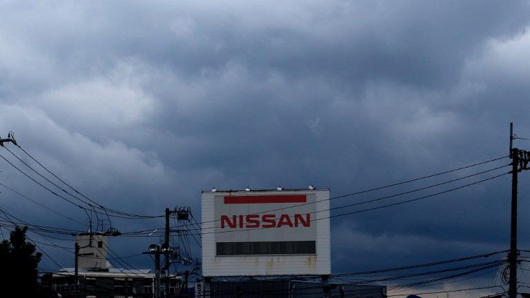 Nissan cắt giảm lợi nhuận dự báo sau một năm bão tố