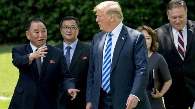 Hội nghị Mỹ - Triều bị xoay như chong chóng vì ông Trump