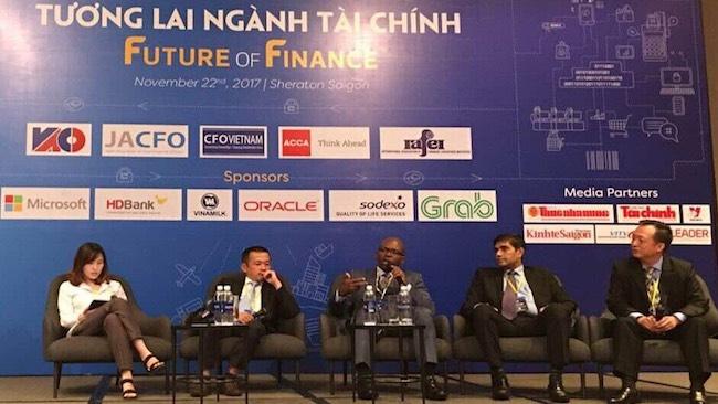 Nhà quản trị tài chính đang đối mặt với công nghệ