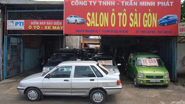 Salon ô tô nhỏ đua nhau đóng cửa