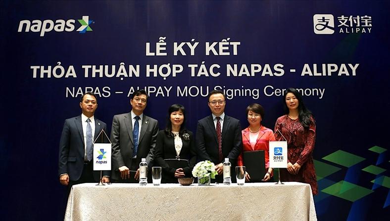 NAPAS ký thoả thuận hợp tác với Alipay