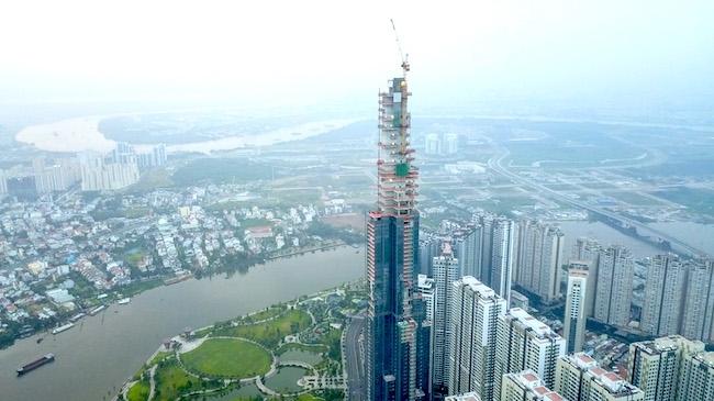 Coteccons cất nóc toà nhà cao nhất Việt Nam