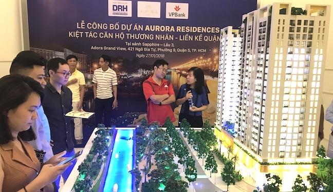 Diễn biến trái chiều giữa thị trường bất động sản Hà Nội và TP. HCM