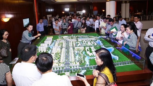 Dự án Dragon Village 'cháy hàng' ngày ra mắt