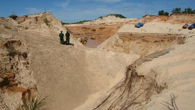 Kết quả hình ảnh cho Bộ trưởng Trần Hồng Hà: Khai thác titan tại Bình Thuận không gây ô nhiễm nước ngầm?
