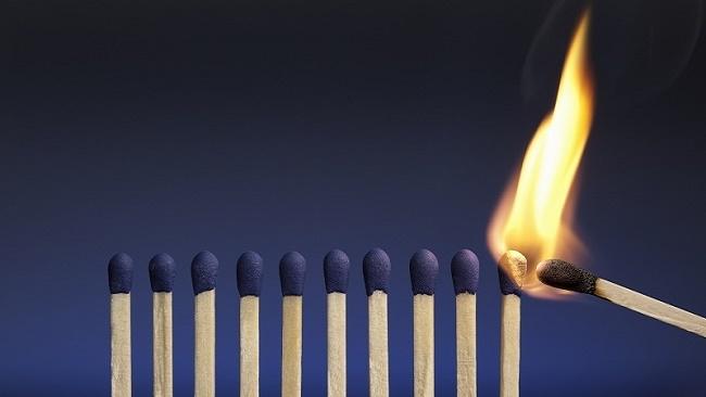 Lãnh đạo và quản lý khác nhau như thế nào?