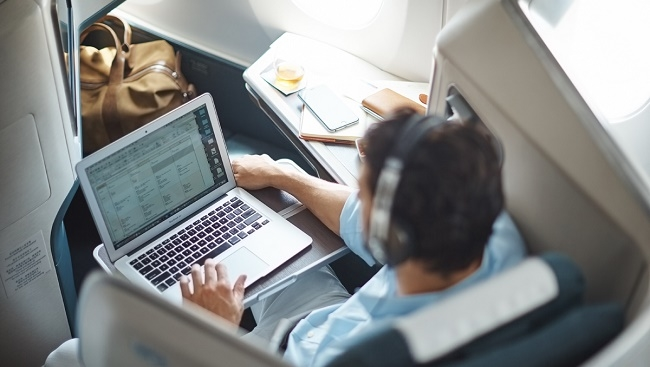 Cathay Pacific sẽ kết nối Wifi trên tất cả máy bay thân rộng từ giữa năm 2018