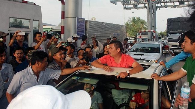 Thủ tướng quyết định tạm dừng thu phí BOT Cai Lậy