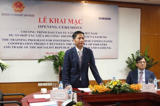 Samsung hỗ trợ đào tạo 200 chuyên gia tư vấn Việt