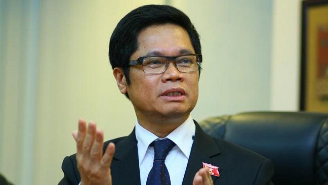 Chủ tịch VCCI: Việt Nam vẫn còn tình trạng 'một thỏi sô-cô-la cõng 13 giấy phép'