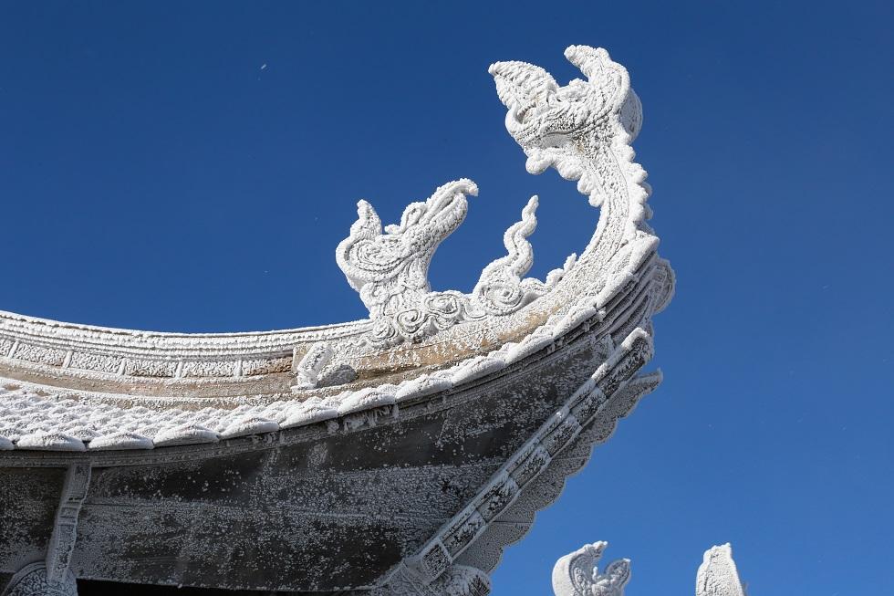Một Fansipan lạ lẫm dưới tuyết trắng 5