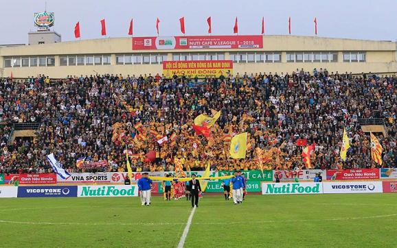 Asanzo, Đại Việt, Vicostone tạo làn sóng đầu tư mới vào bóng đá
