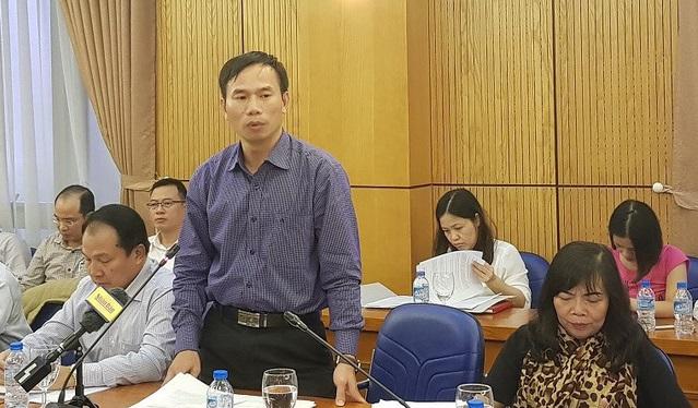 Bộ Tư pháp đề nghị ngưng hiệu lực quy định ghi tên cả gia đình lên sổ đỏ