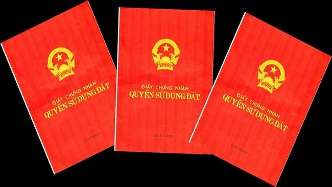 Làm rõ quy định ghi tên thành viên hộ gia đình trên sổ đỏ