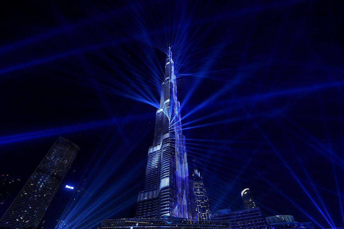 Pháo hoa và ánh sáng đón chào năm mới 2018 trên khắp thế giới 6
