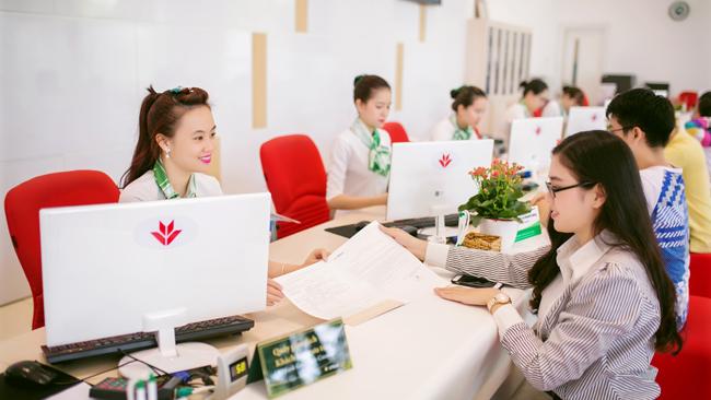 Cuộc chiến khốc liệt trong phân khúc ngân hàng bán lẻ Việt Nam 1