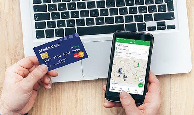 Loại bỏ xong Uber, Grab sẽ tiếp tục giảm giá cước để dụ người Việt vào ứng dụng mới