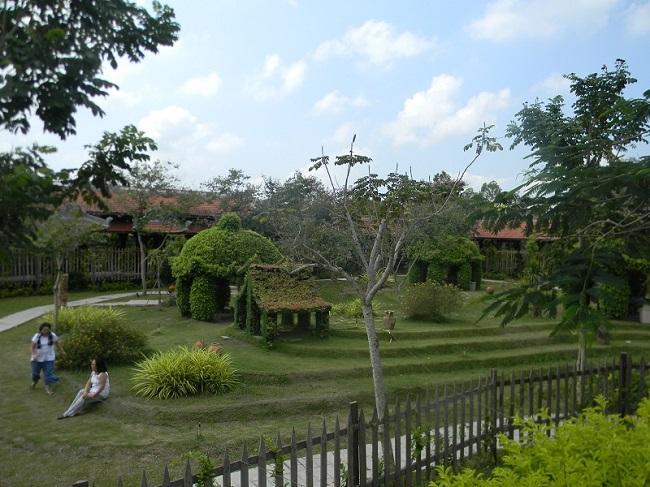Nam Phương Linh Từ - khu du lịch tâm linh duy nhất ở miền Tây 9