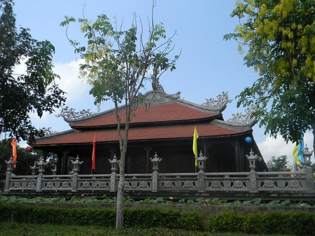 Nam Phương Linh Từ - khu du lịch tâm linh duy nhất ở miền Tây 5