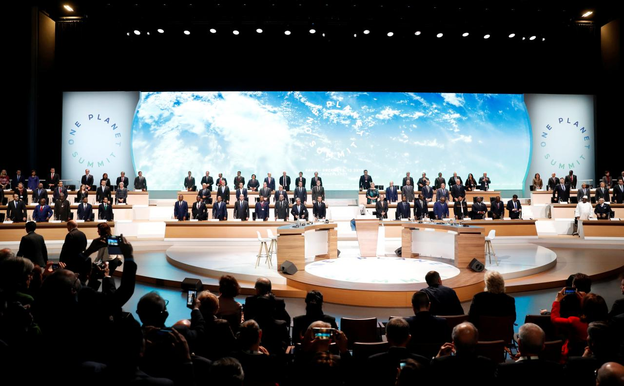 Tổng thống Pháp: Thế giới đang thua trong cuộc chiến chống biến đổi khí hậu