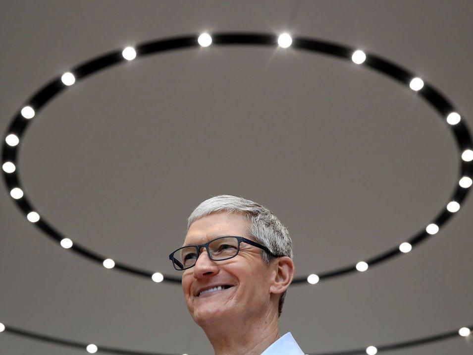 Một ngày của CEO Apple: thức dậy từ 3:45 sáng và thu về 102 triệu USD vào năm 2017 9