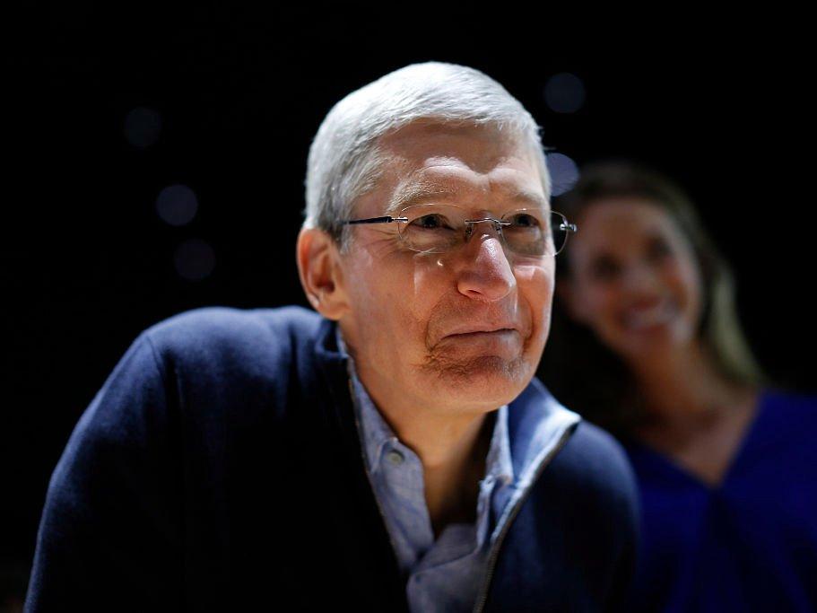 Một ngày của CEO Apple: thức dậy từ 3:45 sáng và thu về 102 triệu USD vào năm 2017 4