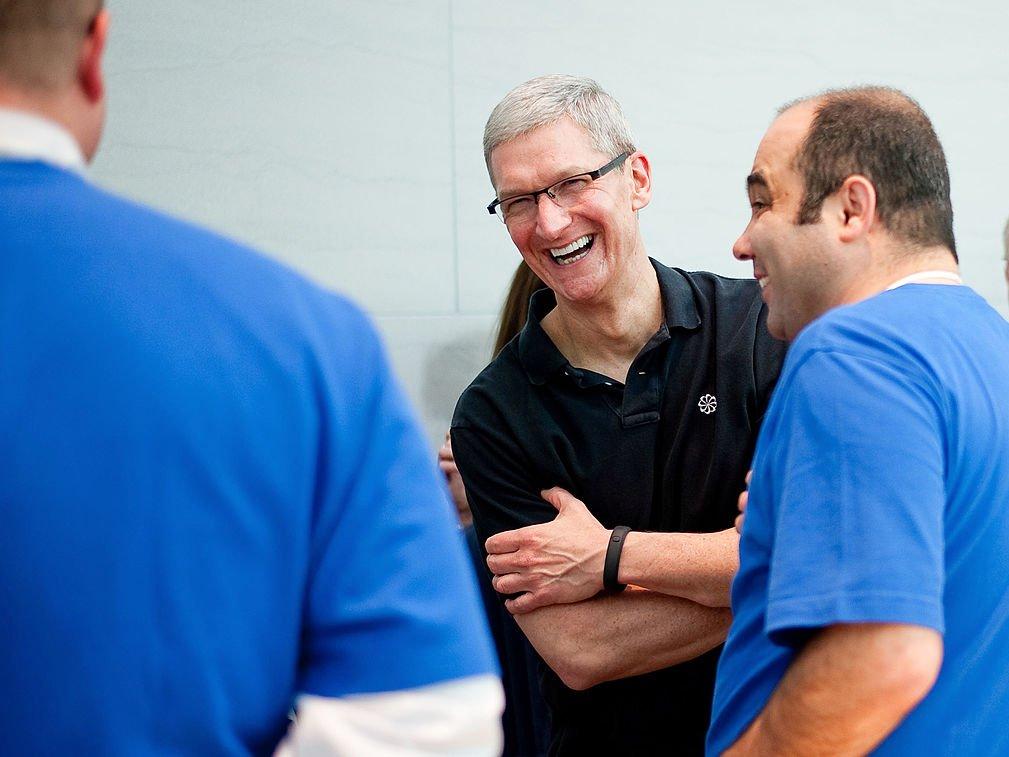 Một ngày của CEO Apple: thức dậy từ 3:45 sáng và thu về 102 triệu USD vào năm 2017 6