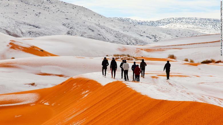 Tuyết rơi ở nơi nóng nhất thế giới 1
