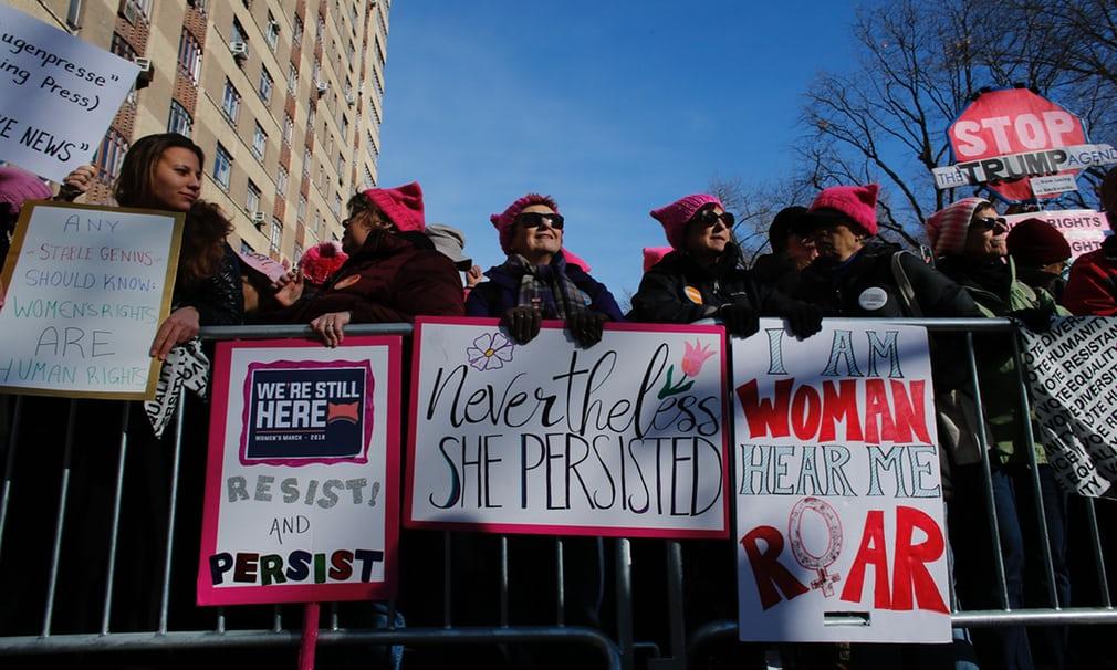 Tròn 1 năm ông Trump nhậm chức: Chính phủ đóng cửa, phụ nữ biểu tình 7