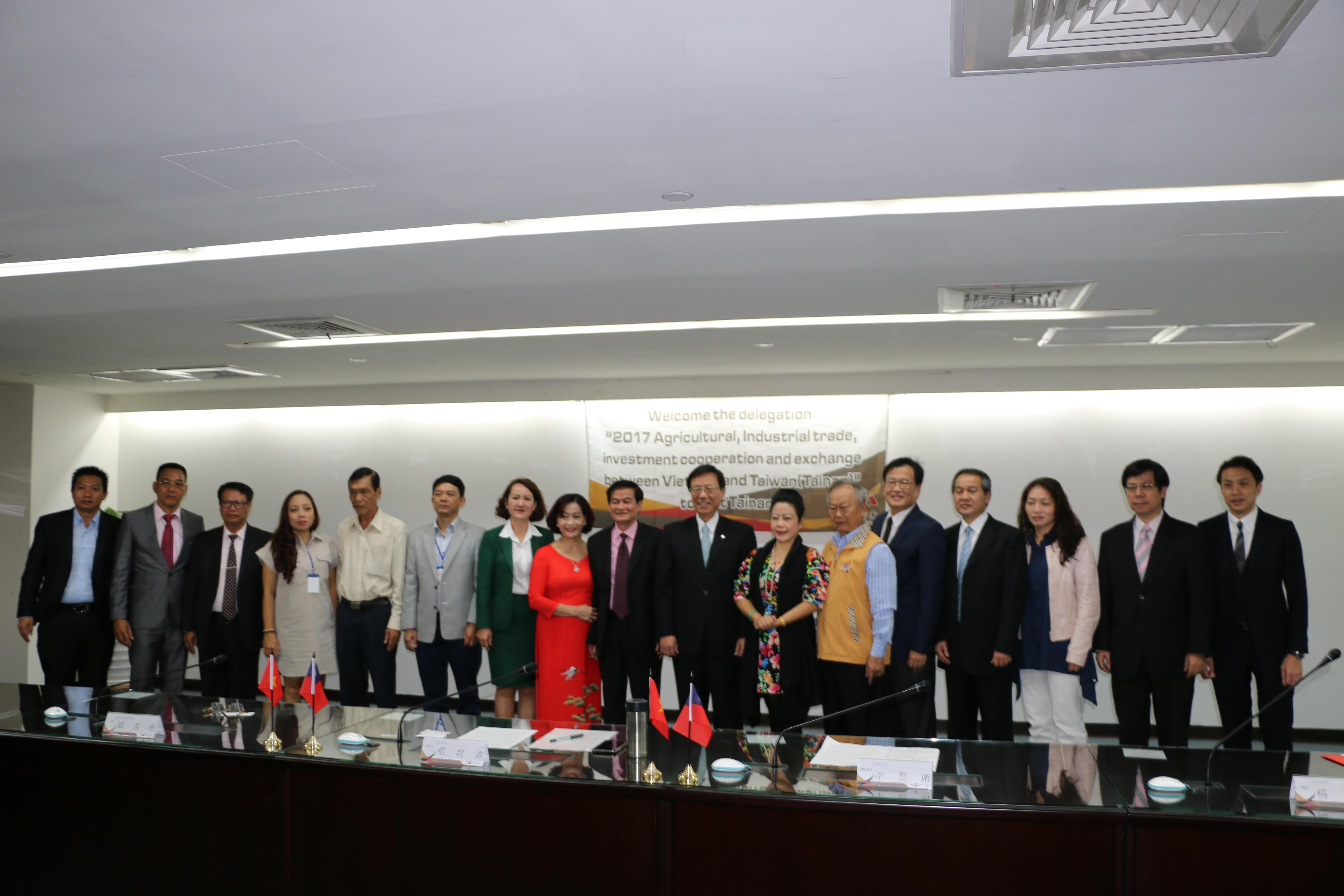 VACD ký kết ghi nhớ hợp tác với thành phố Đài Nam 1