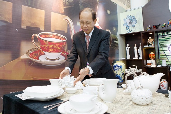 Chủ tịch gốm sứ Minh Long chia sẻ 5 nguyên tắc quản trị công ty