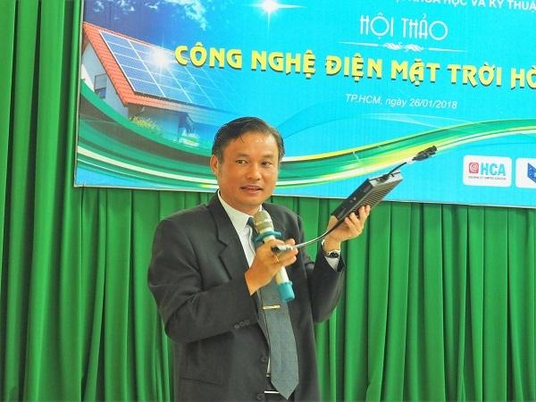 Sao Nam tung sản phẩm pin năng lượng mặt trời quản lý qua app di động