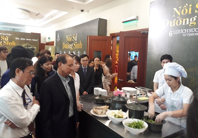 Vinmart, Aeon và Tiki bắt tay gốm sứ Minh Long viết tiếp giấc mơ sức khỏe cho người Việt 2