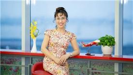Nữ tướng Vietjet: 'Người làm dịch vụ làm sao dạy cho máy móc cũng phải biết cười'
