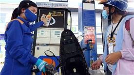 Giá xăng tăng mạnh gần 1.500 đồng/lít