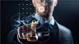 Cuộc chiến giành chủ quyền trong giới công nghệ thông tin 2019