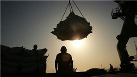 Mỹ sắp bắn phát súng 'khơi mào' chiến tranh thương mại