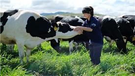 Đường bay giúp 'cất cánh' nông nghiệp công nghệ cao