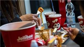 Vốn hóa Jollibee 'bay hơi' gần 780 triệu USD sau thương vụ khủng