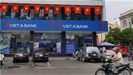 Khách hàng giảm gửi tiền vào ngân hàng Việt Á trong quý I