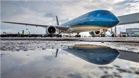 Vietnam Airlines tìm cách đối phó với cạnh tranh từ hãng hàng không mới