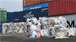 Phế liệu nhựa tràn về Việt Nam sau lệnh cấm của Trung Quốc