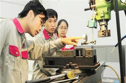 Áp lực thất nghiệp đang gia tăng đối với hàng triệu lao động Việt Nam