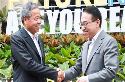 Bài học quản trị từ ấm trà Chủ tịch Samsung SDS tặng Chủ tịch CMC
